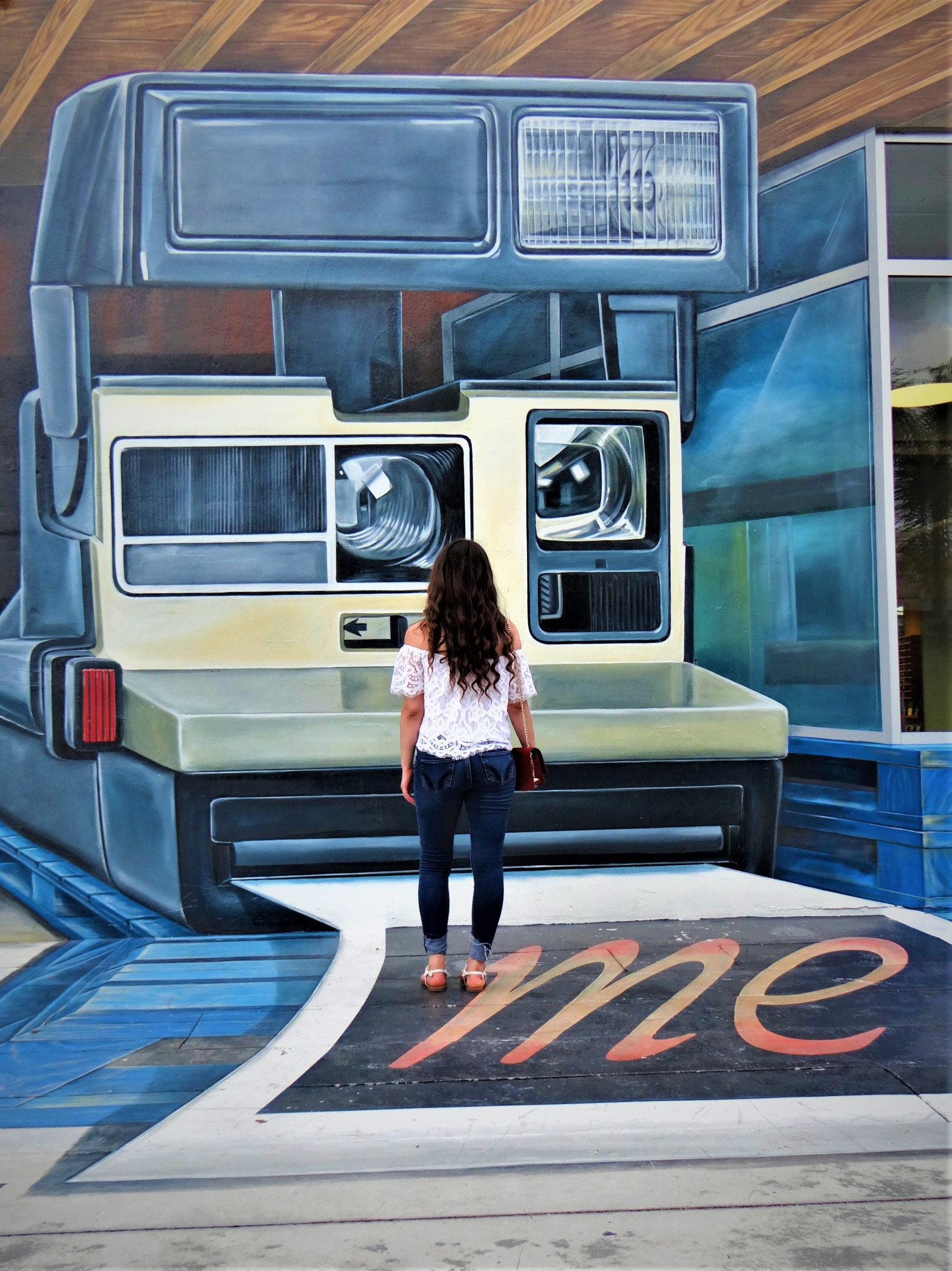 Your Guide to the Top Selfie Spots in Wynwood